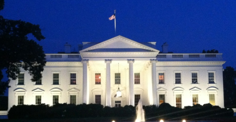 white house-evening