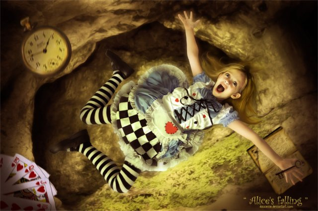 alice__s_falling_by_doucesse-d52vnca